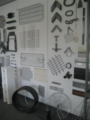Образцы изделий в офисе IDEAL (Липпштадт, Германия), производимых на различных сварочных машинах IDEAL